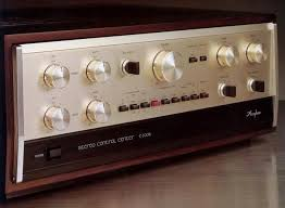Accuphase C-200X買取 (Accuphase)